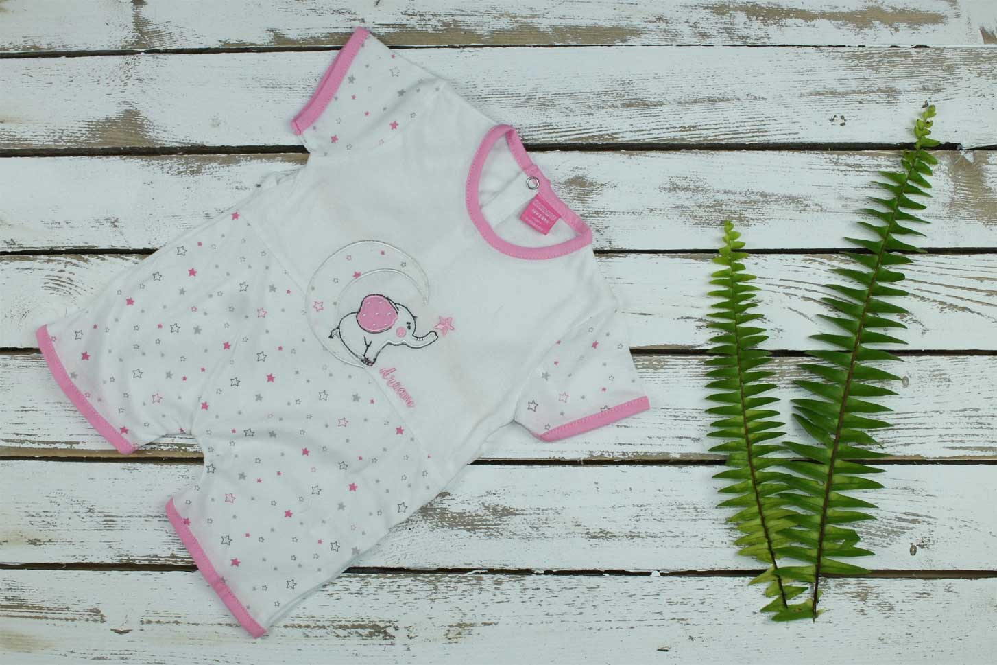 Pijama estampado rosa bebé