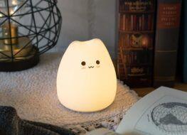Mejores lámparas y luces quitamiedos, Navaris - Luz nocturna para niños de gato